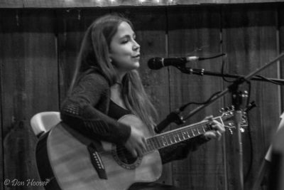 Mini-concert featuring Lisa DeGuiseppi