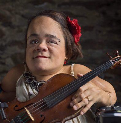 An Evening with Gaelynn Lea - Folk Singer, Violini...